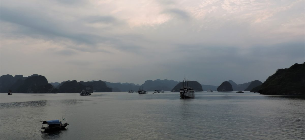 Ha Long Bay – una crociera dal panorama mozzafiato
